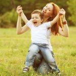 シングルマザーの平均年収223万円はひどい!離婚した自分の責任なの?父親の役割って?