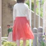 あなそれ5話の波留のトップスなどのブランドは?赤いスカートがかわいい!