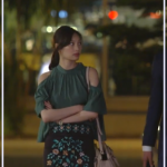 あなそれ8話で香子(大政絢)着用のトップスとスカートはどこのブランド?